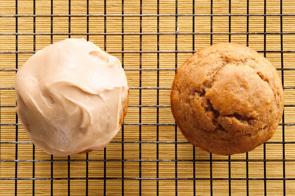 Jumbo Pumpkin Donut Muffins: a quick mufin recipe that will impress everyone at your breakfast table.