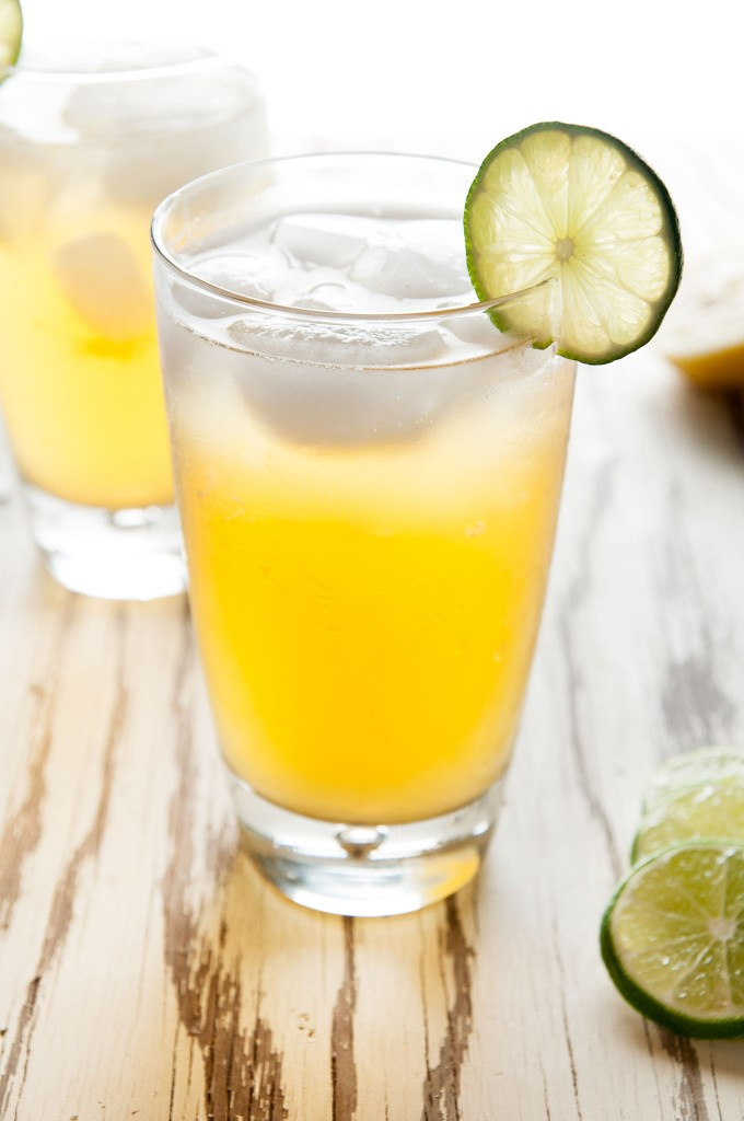 Basil Beerade: a light and refreshing summer cocktail | ibakeheshoots.com