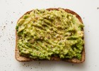 Boost your immune system with Avocado Toast: an easy and healthy breakfast full of Vitamin C, B-6, and natural fiber. | ibakeheshoots.com