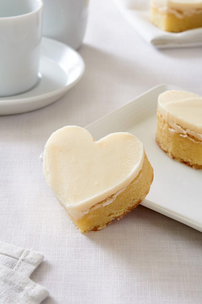 White Chocolate Heart Bars by ibakeheshoots.com