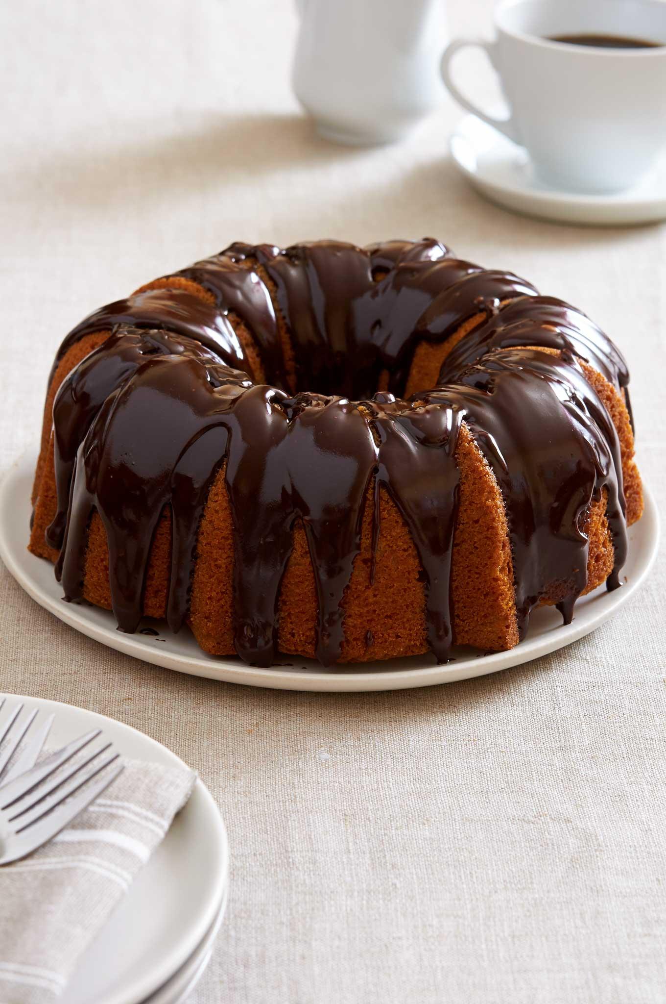 caramel-chocolate-chip-bundt-cake-before
